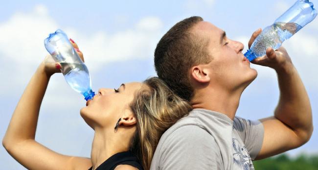 Por-que-debemos-Hidratarnos